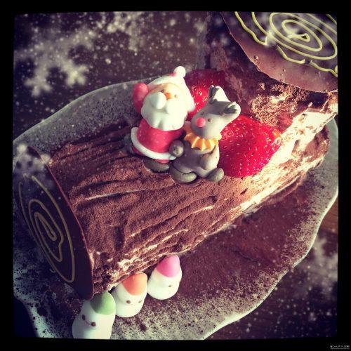 クリスマスケーキのブッシュドノエル